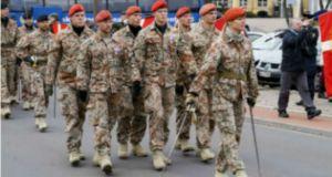 soldat-2a-615-330-e05a1f__dsc1355low