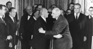Konrad Adenauer Þýskalandskanslari og Charles de Gaulle Frakklandsforseti rituðu undir Elysée-sáttmálann 22. janúar 1963.