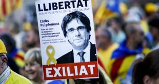 Baráttuspjald í þágu Puigdemonts.
