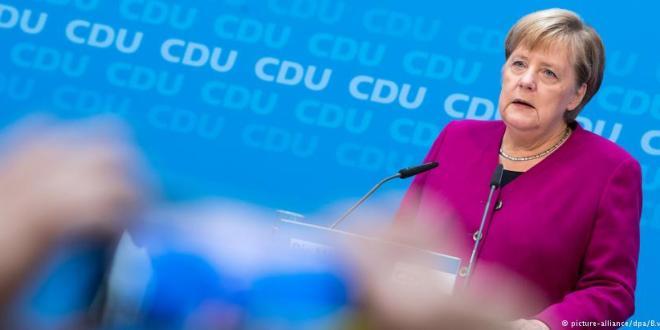 Merkel viðurkennir mistök vegna Maaßens