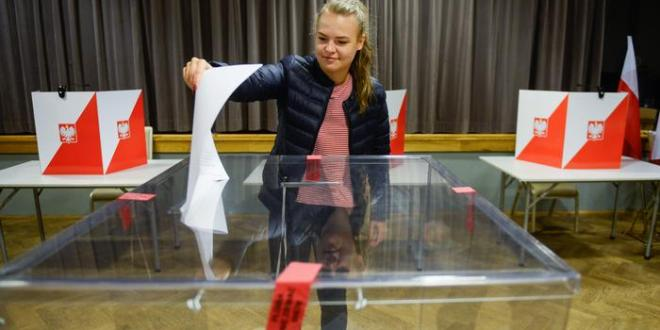 Pólski stjórnarflokkurinn sigrar í þingkosningum
