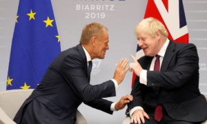 Donald Tusk og Boris Johnson.