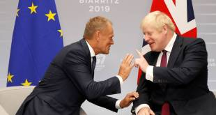 Donald Tusk og Boris Johnson.