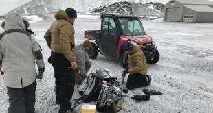 Bandaríkjamenn við athuganir á Jan Mayen.