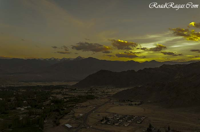 Ladakh Itinerary : Sunset at Shanti Stupa