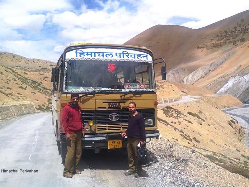 delhi to leh bus