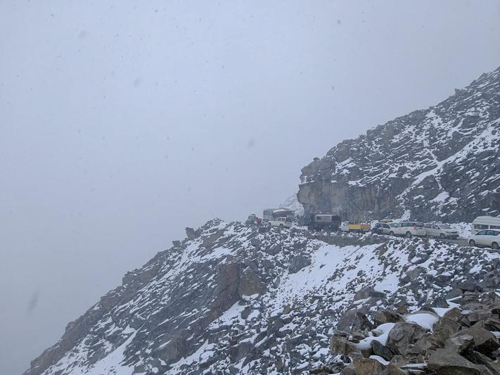 snowfall at khardung la