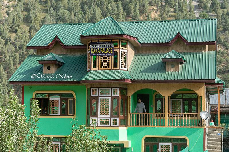 kaka palace guest house