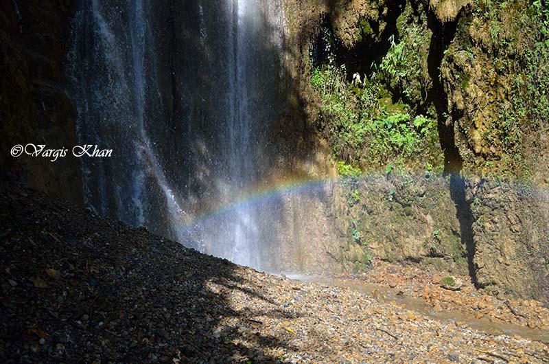 waterfall in dhanaulti
