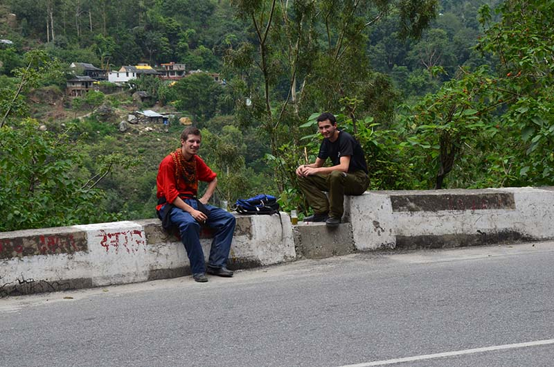 french guys on the way from narkanda to sarahan