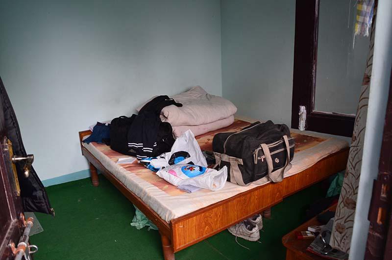 hotel in sarahan