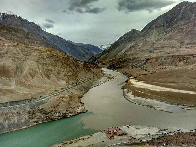 indus and zanskar confluence