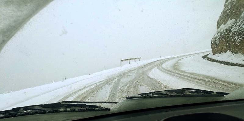 snow on the road from srinagar to kargil