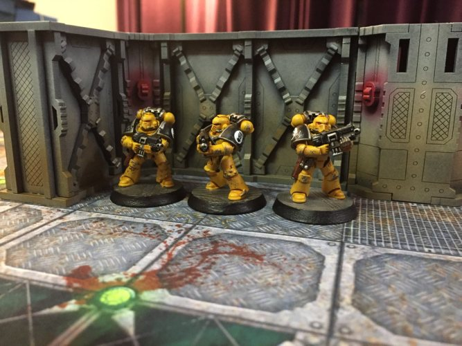 Zone Mortalis on a Budget? Reviewing 'Deadbolt's Derelict' by Deathray Designs