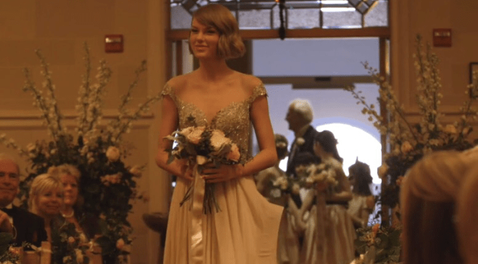 Video: Taylor Swift Defines Maid Of Honor Goals