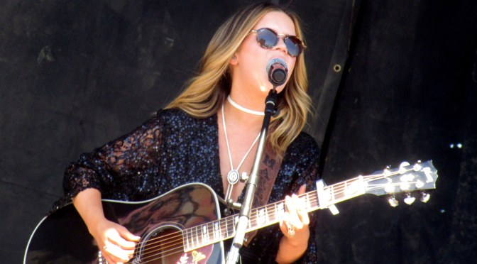 Gallery: Maren Morris Performs At ACM's Party For A Cause