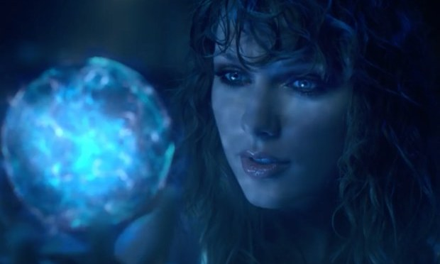 "Taylor Swift Teases Sci-Fi Music Video For ""…Ready For It?"""