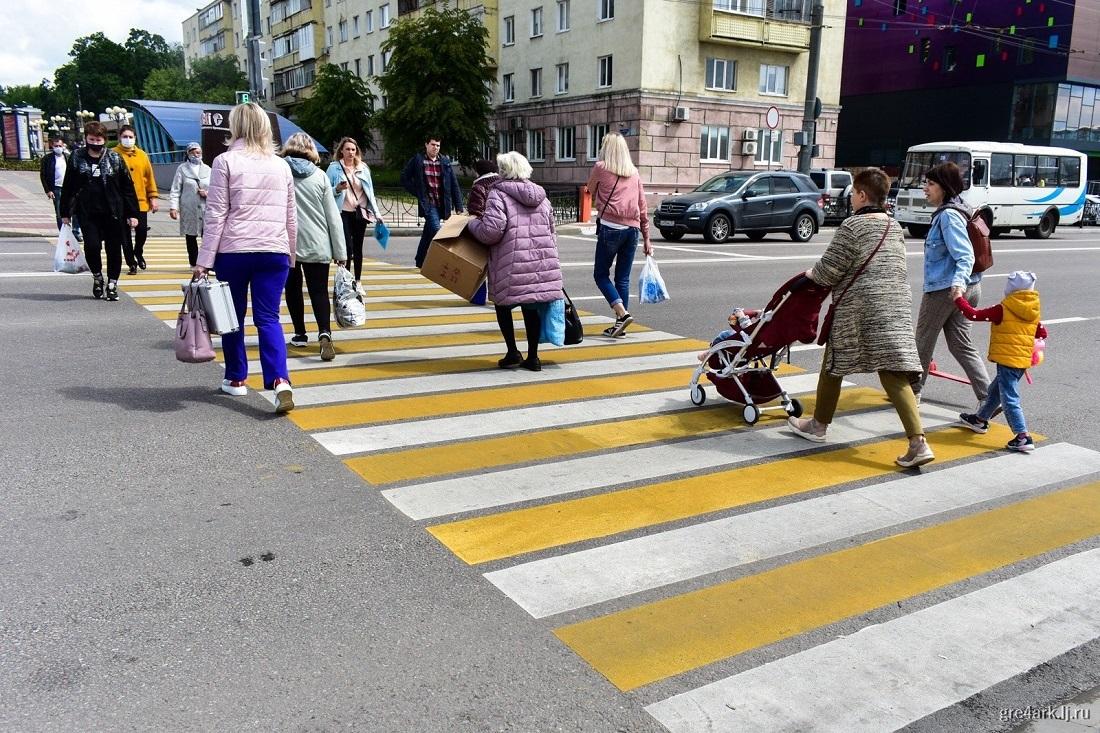 Особый путь России 9 Для сравнения, в той же Норвегии за весь прошлый год было 110 смертей на дорогах. Можно, кончено, возразить, что в Норвегии и автомобилей гораздо меньше.