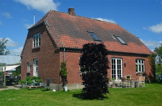 Huset med det gamle tag.