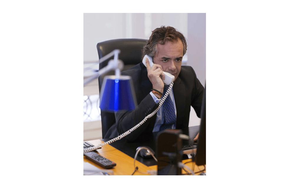 FEDERICO VARONA: »ME GUSTARÍA VIVIR SIN IMPUESTOS PERO ES IMPOSIBLE»