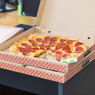 Кутии за пици и торти