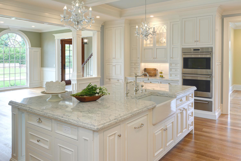 custom kitchen cabinets cost