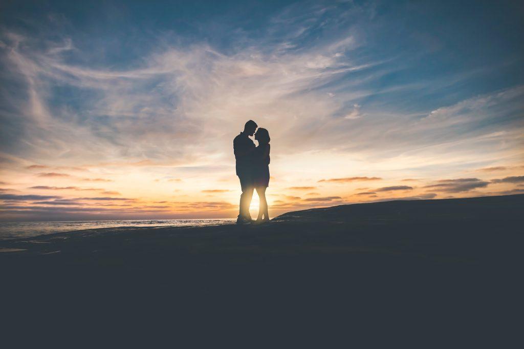 12 σημάδια ότι βγαίνεις με έναν αληθινό άντρα. Λουξεμβούργο δωρεάν site γνωριμιών
