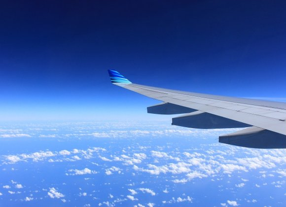How to Avoid Deep Vein Thrombosis During Holiday Travel
