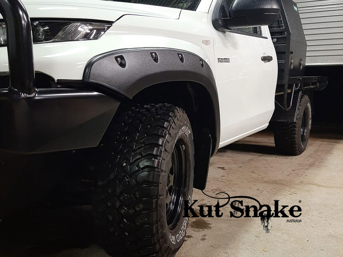 уширители kut snake Mitsubishi L200 MR - 2018+ - 70 mm