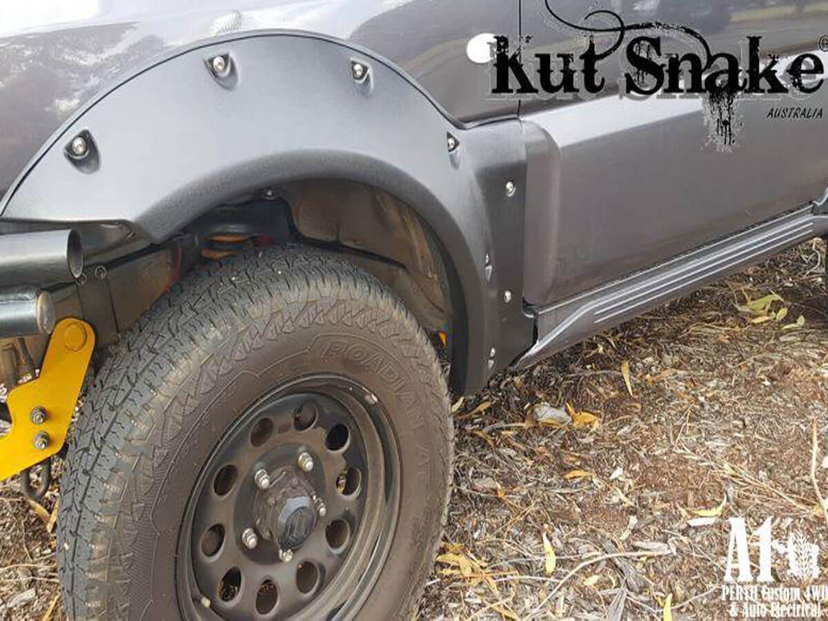 Kut Snake Suzuki