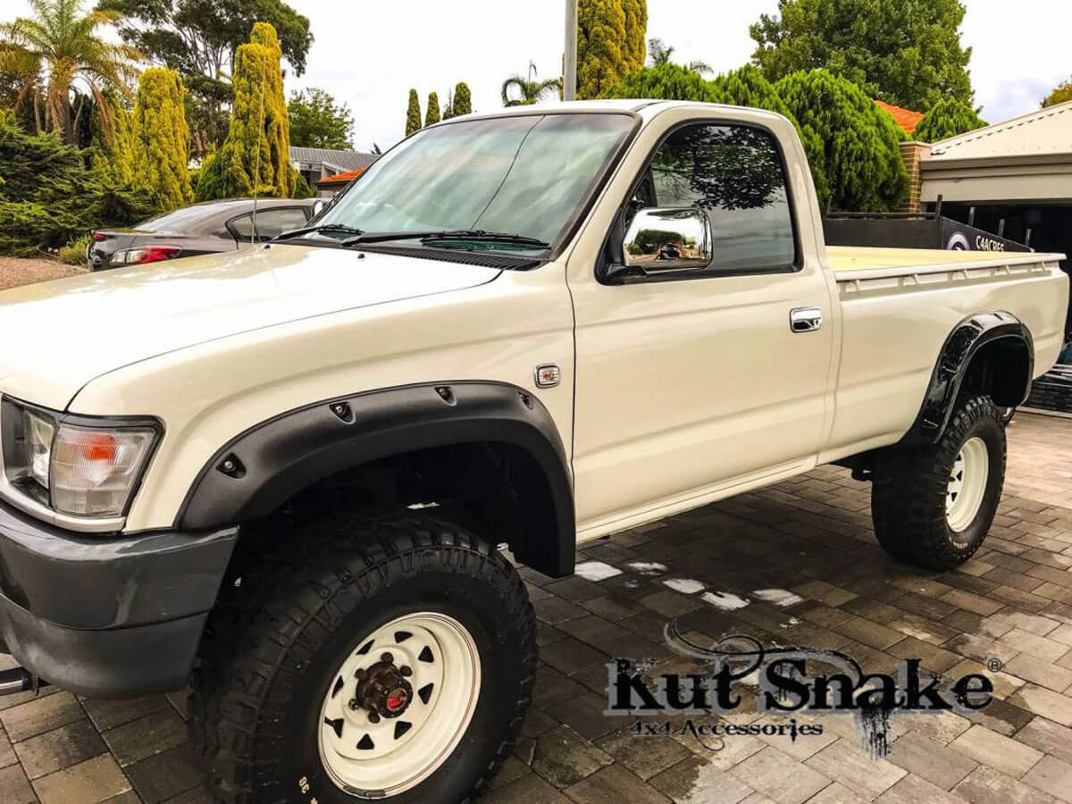 уширители kut snake Toyota Hi-Lux - 106 Single Cab- 95 mm