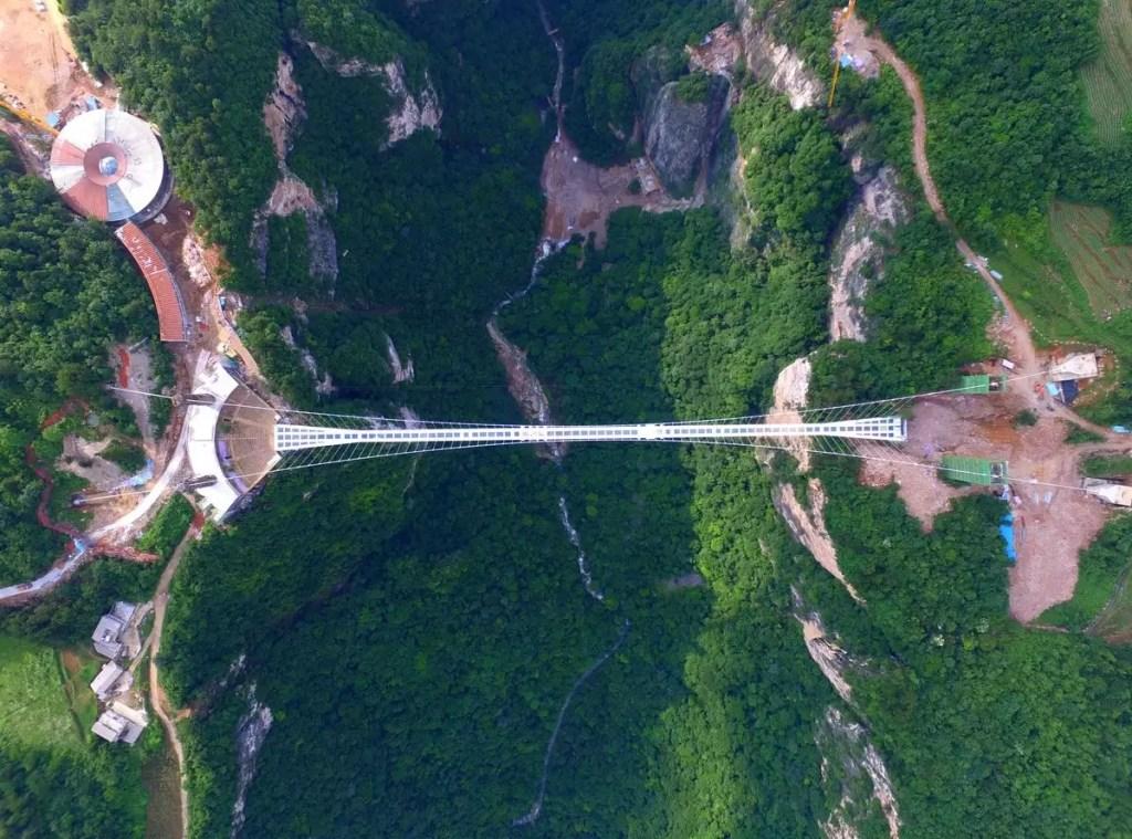Vidro na Construcão - Ponte em Hunan na China