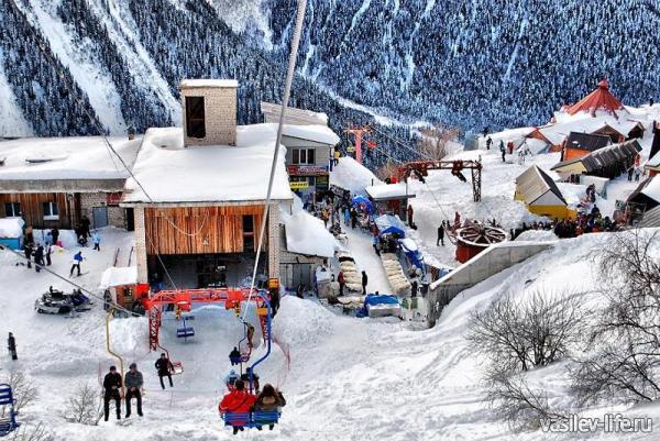 Горнолыжный курорт «Домбай» — фото, цены, официальный сайт