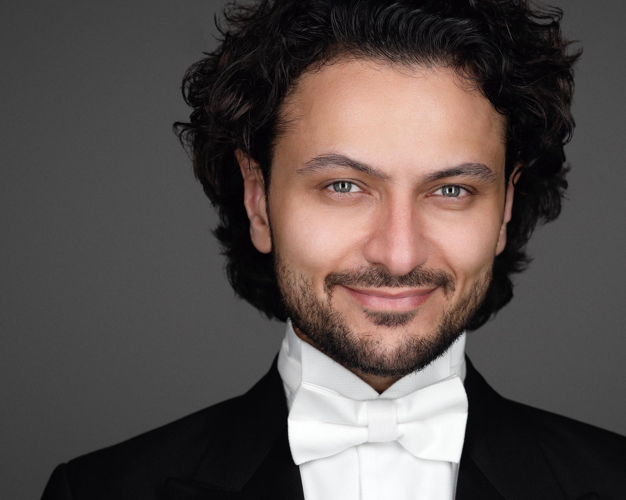 book opera singer, hire singer for event