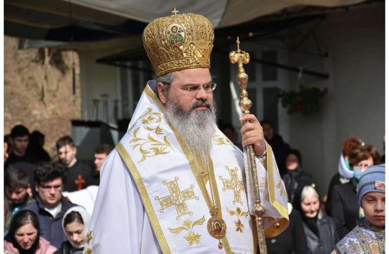 """PS Ignatie, Episcopul Hușilor: """"Iisus Hristos este modelul desăvârșit al omului. La El trebuie să ne uităm!"""""""