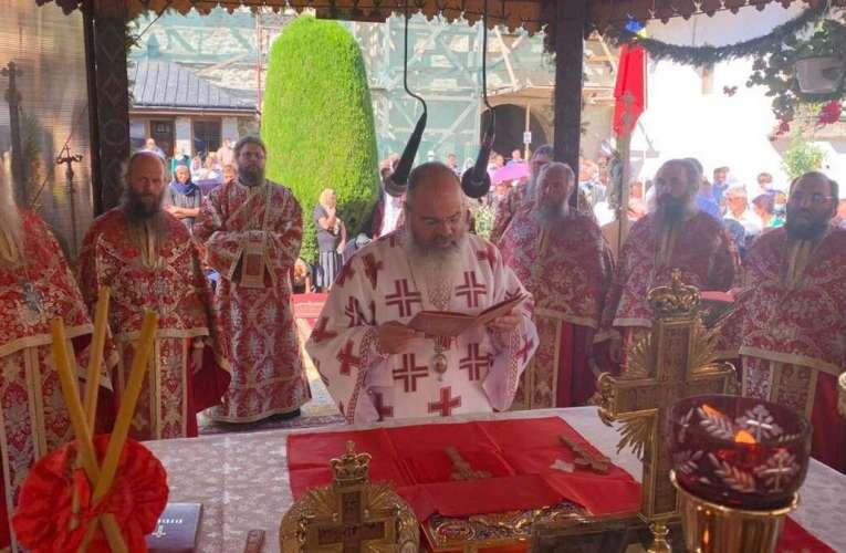 """PS Ignatie, la Mănăstirea Neamț: """"Cum ar arăta țara aceasta dacă am fi, în toate categoriile sociale, oameni cinstiți!"""""""