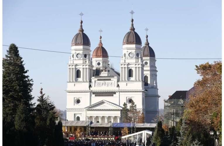 Pelerinaj la Sf. Parascheva: decizii de ultimă oră, mii de credincioși, afectați!
