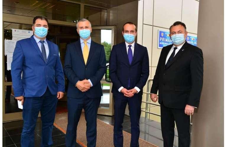 Felicitări, Tătaru și Polak! Ei sunt liberalii cu mandatele de deputați în buzunar!