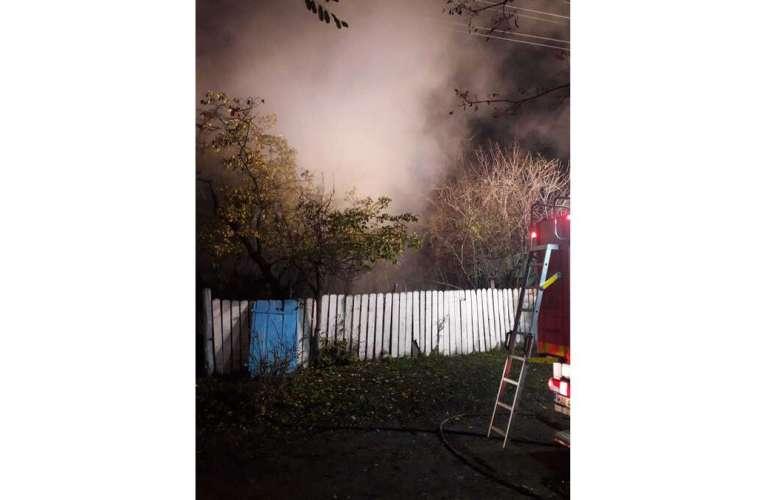 O femeie de 76 de ani a ars în propria casa, la Zapodeni, noaptea trecuta!