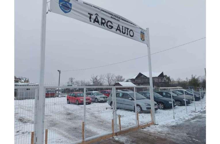 Primarul Bârladului face ordine în trafic! De ieri dimineață, mașinile din oraș sunt aduse la Târgul Auto!