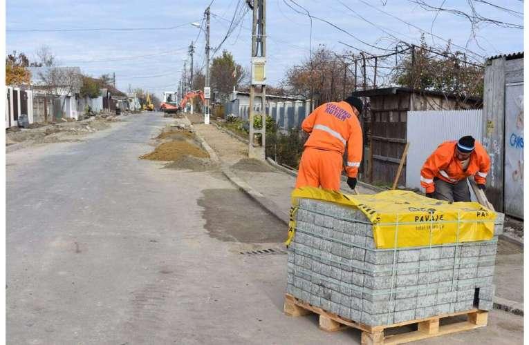 Încă nouă străzi din Bârlad, asfaltate! Viacons Rutier a turnat 9 km de asfalt în această toamnă!