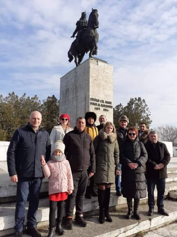 Delegația AUR la Podu Înalt! În delegație, cei doi parlamentari moldoveni de Vaslui!