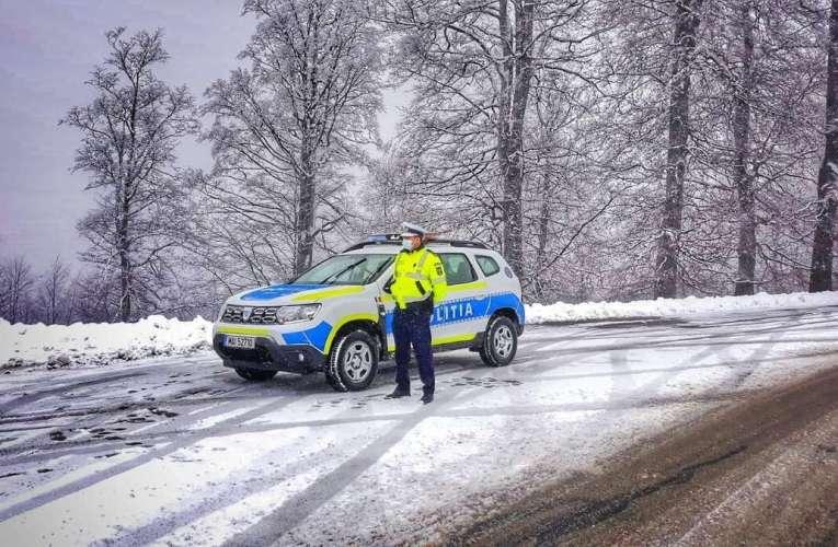 Plecați la munte? IPJ Vaslui vă recomandă să fiți pregătiți pentru condiții de iarnă!