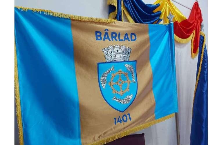 Bârladul, primul municipiu din județul Vaslui cu drapel propriu! Meritul este al primarului Boroș!