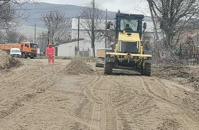Mobilizare totală pe viitorul drum european spre mănăstirea Florești! Grupul Transmir lucrează în forță pe drumul strategic!