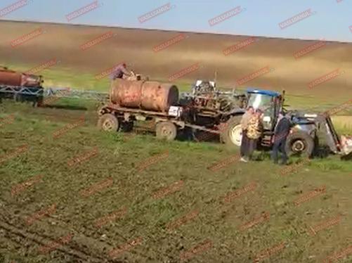 VIDEO Rãzboi TOTAL la Suletea! Noaptea, ca hotii! Zeci de proprietari de terenuri cer socotealã celor trimisi de Comcereal sã le distrugã 65 de hectare de floare!
