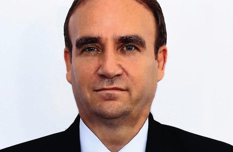 Scandal uriaș în Baroul Vaslui! Decanul Radu Bobârnat a propus construcția unui sediu din banii de pensie ai avocaților!