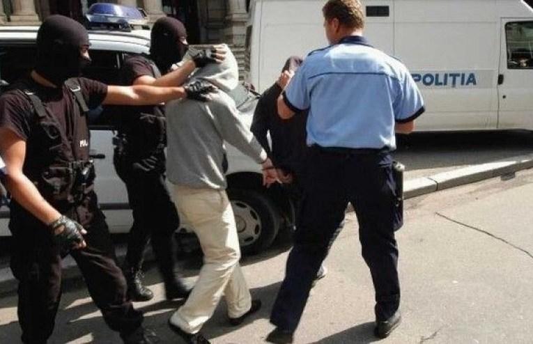 Tâlhari de mici copii! Patru minori bârlădeni au fost reținuți de polițiști! Au creat un prejudiciu de peste 6.000 de lei!