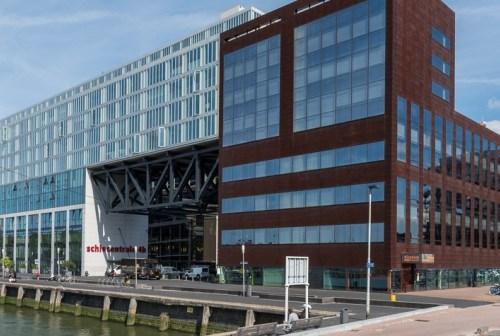 Gemeente Rotterdam verhuurt 570 m² kantoorruimte in complex de Schiecentrale