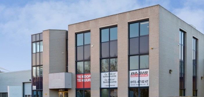 Real Logistics Services International B.V. koopt kantoor-/bedrijfsgebouw in Alphen aan den Rijn